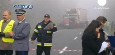 Accident grav in Varsovia: 18 morti