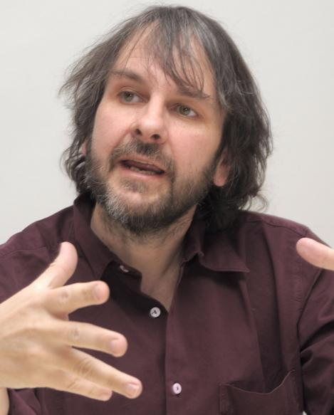 "Peter Jackson va regiza filmele ""Hobbit"". Filmarile incep in februarie 2011"