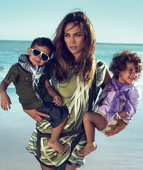 Gemenii lui Jennifer Lopez, imaginea campaniei Gucci pentru copii