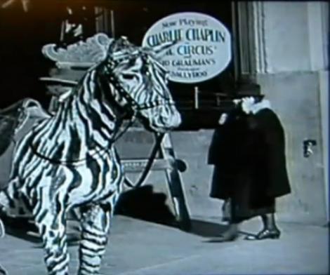 Gafa imensa intr-un film cu Charlie Chaplin