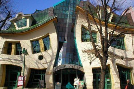 Top 5 cele mai ciudate constructii din lume