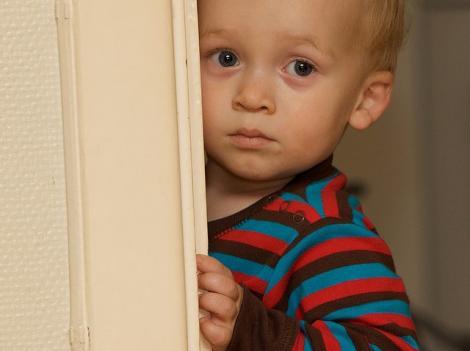 Cinci leacuri pentru copiii timizi