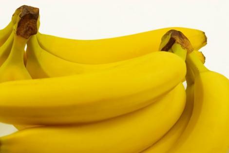 Bananele te tin departe de tigara, depresie si anemie