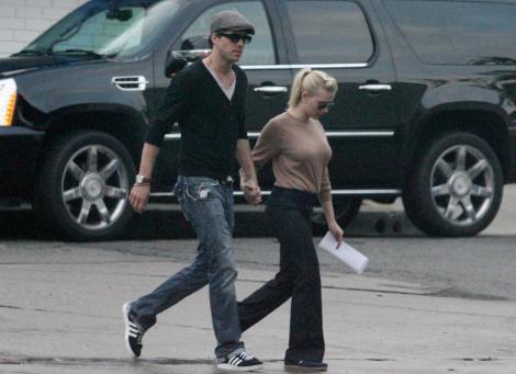 Scarlett Johansson divorteaza!
