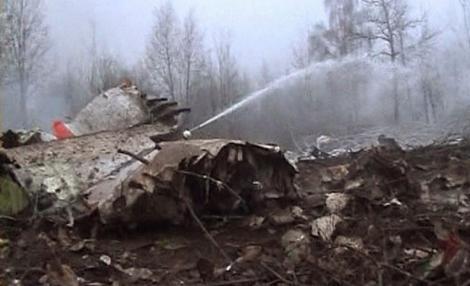 Polonia: Ancheta Rusiei asupra accidentului de la Smolensk este inacceptabila