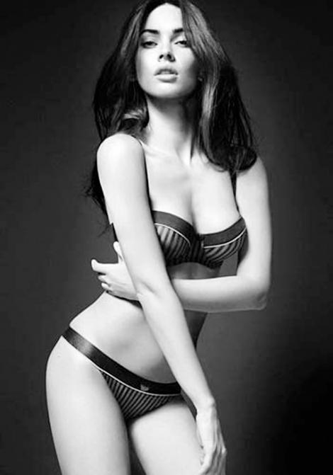 VIDEO! Megan Fox seduce dintr-o privire in noua reclama Giorgio Armani