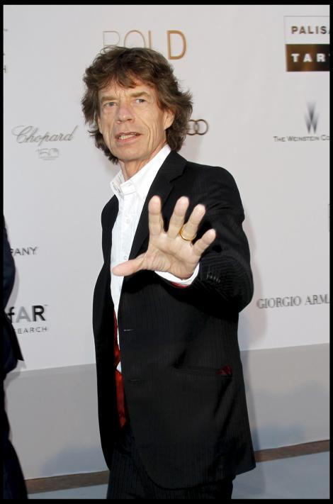 Un roman il imbraca pe Mick Jagger