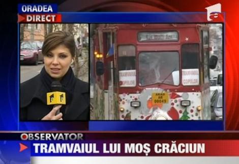 VIDEO! Tramvai manevrat de Mos Craciun, pentru copiii din Arad
