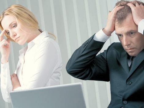 Peste 50% din angajati lucreaza peste program din teama de a nu fi concediati! Tu cat lucrezi suplimentar?