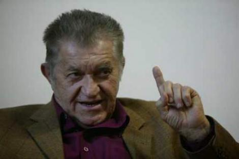Dorel Visan va sustine un recital de poezie la Brasov