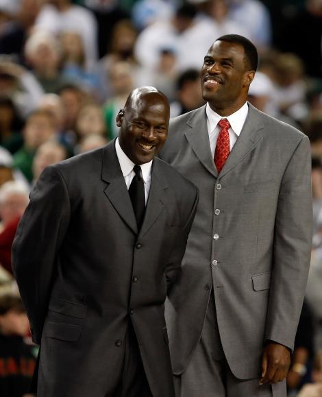 Michael Jordan a platit 250 de milioane de dolari pentru echipa Charlotte Bobcats