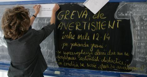 Proteste si in scoli: Profesorii din Buzau, in greva de doua ore