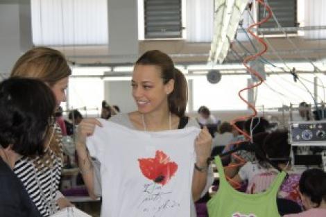 Andreea Raicu vinde in Metro