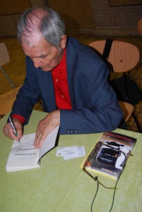 Scriitorul Ilie Tanasache a implinit 79 de ani