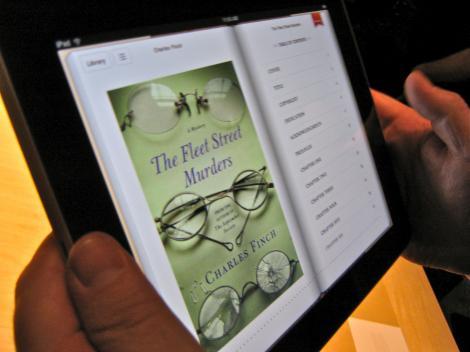 Specula cu iPad-uri pe Internet: 5.500 de dolari, pe eBay