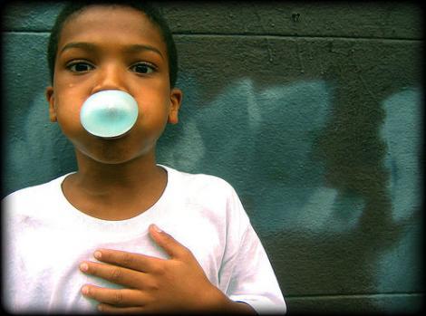 Guma de mestecat impotriva malnutritiei