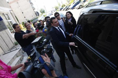 """Dosarul """"Mita pentru arbitri"""": Cornel Penescu, eliberat sub control judiciar"""