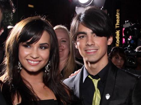 Demi Lovato si Joe Jonas s-au despartit!