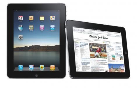 """iPad-ul se vinde ca painea calda: un milion de """"tablete"""", intr-o luna"""