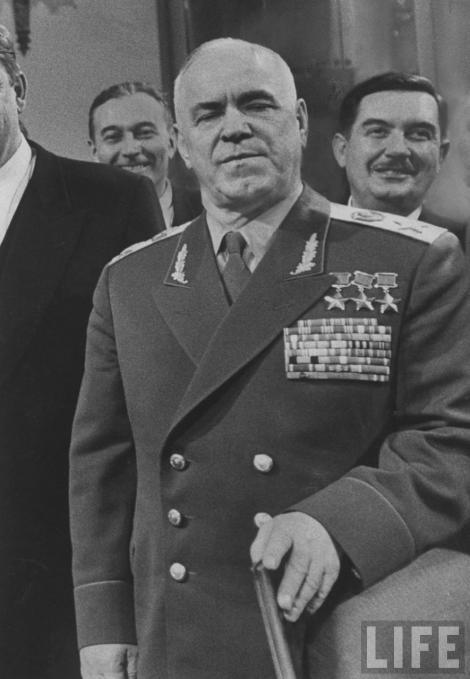"Maresalul Gheorghi Jukov: ""URSS a fost foarte aproape sa piarda al doilea razboi mondial"""