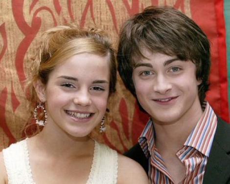 Emma Watson apeleaza la Daniel Radcliffe pentru sprijin moral