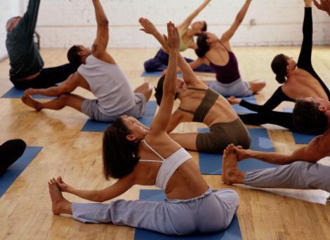 Cum sa fim sanatosi cu exercitii de stretching