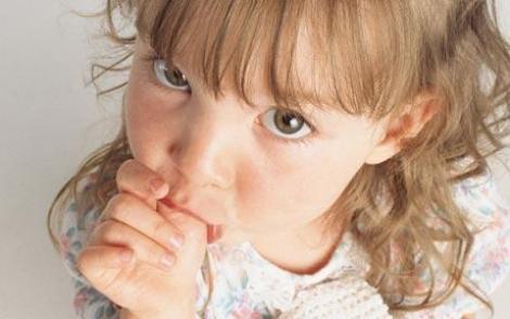 S-a deschis prima clinica pentru copiii care isi sug degetul