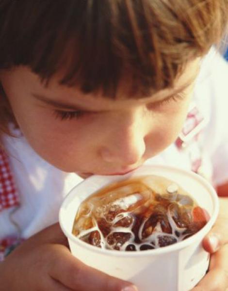 Ce efect are plumbul in sucurile pentru copii?