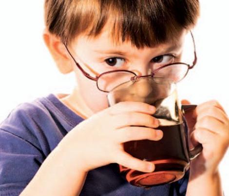 Ceaiul rosu, benefic sanatatii copiilor