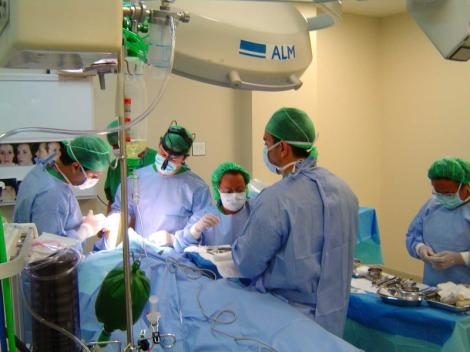Exodul cadrelor medicale continua: Inca 8.100 au plecat la munca in strainatate