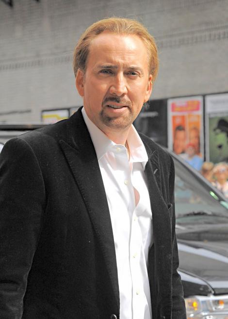 Nicolas Cage s-a drogat impreuna cu pisica sa