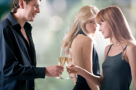 Cum iti poate sabota fosta prietena noua relatie