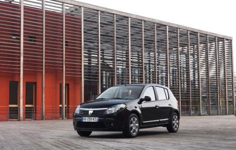 Dacia scoate exporturile din criza