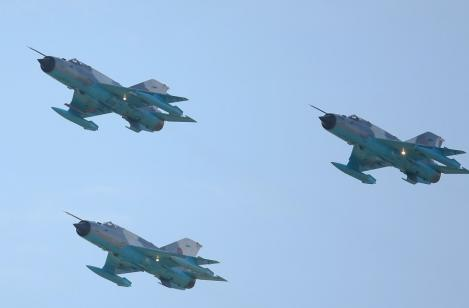 Doua bombardiere rusesti, interceptate de Canada deasupra Atlanticului