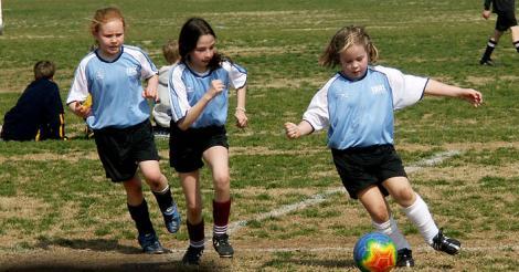 5 motive pentru care fetitele trebuie sa faca un sport