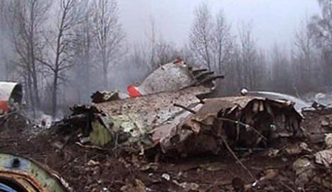 """Catastrofa de la Smolensk: """"Ceata artificiala"""" ar fi putut duce la prabusirea avionului prezidential"""