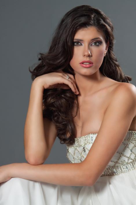 Miss Universe Romania, star in SUA