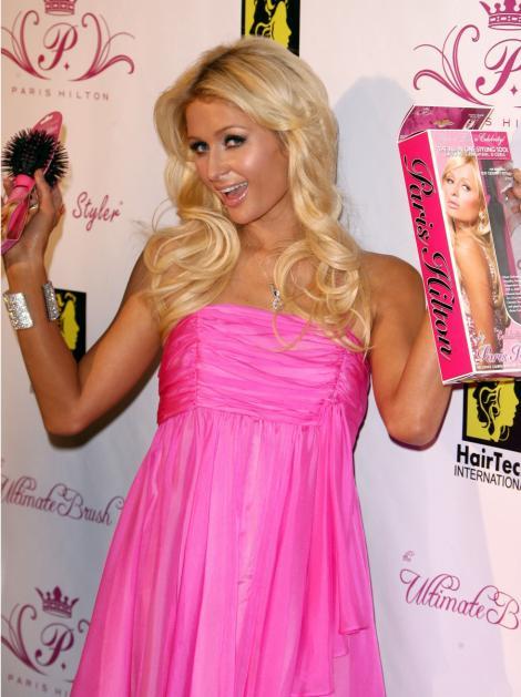 Paris Hilton si mesele de 35 de milioane de dolari