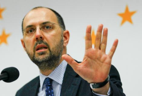 UDMR se opune remanierii vreunuia dintre ministrii sai