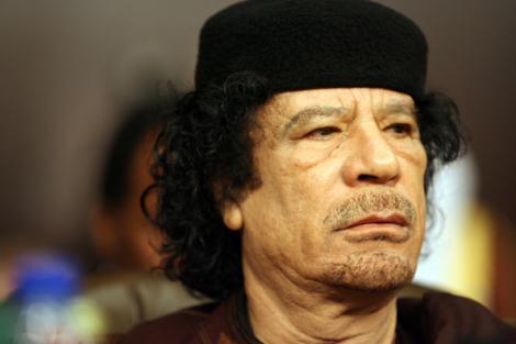 Gaddafi face show la Roma