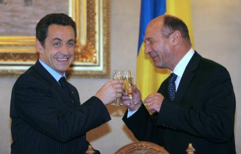 Basescu se va intalni cu Sarkozy pentru a discuta problema rromilor