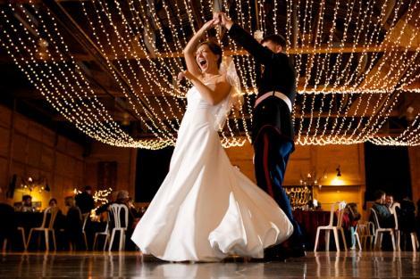 Petrecerea nuntii - pentru miri sau pentru invitati?