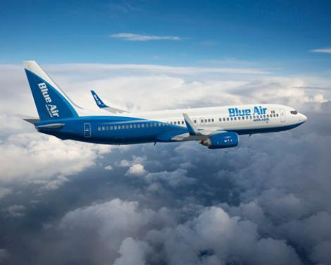 Blue Air a renuntat la cinci avioane si la 300 de angajati