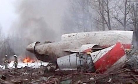 Epava avionului prabusit la Smolensk nu se afla intr-o zona securizata