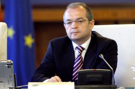 Boc a condus 5 guverne, dar a adoptat doar 3 masuri anticriza