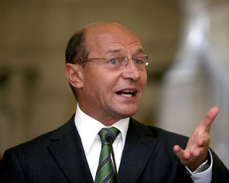 Basescu a plecat doar cu SPP-ul la Urlati