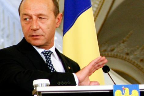 """Traian Basescu: """"Ma bucur ca PDL-ul a ales solutia corecta si ca l-a atentionat si pe premier!"""""""
