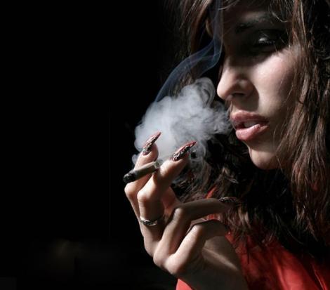 Fumatul poate produce cancer la minut, nu in ani de zile