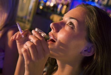 Tutunul si alcoolul provoaca hipertensiune