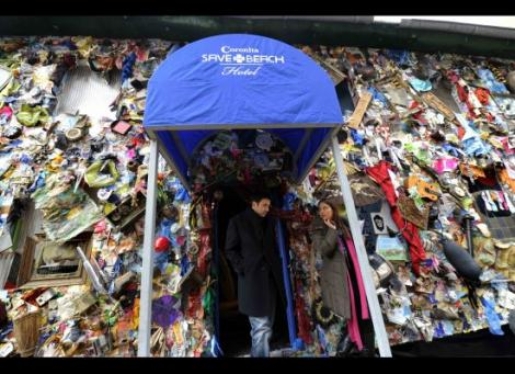 VIDEO! Hotel inedit in Madrid: facut in intregime din gunoaie